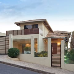 Residência AM: Casas  por Isabela Canaan Arquitetos e Associados