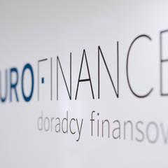 Wnętrza biurowe 'Futuro Finance'  - logo: styl , w kategorii Biurowce zaprojektowany przez DOKTOR ARCHITEKCI