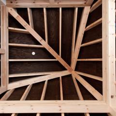 10*10_Haus: 有限会社 法澤建築デザイン事務所が手掛けた子供部屋です。