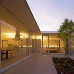 自由ヶ丘の家: MANI建築デザイン事務所が手掛けたテラス・ベランダです。
