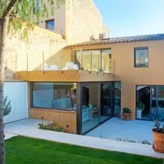 Vivienda Palafrugell: Jardines de estilo  de Brick construcció i disseny