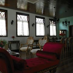Sala de estar 1: Salas de estar  por BUZZI & SILVA ARQUITETOS ASSOCIADOS
