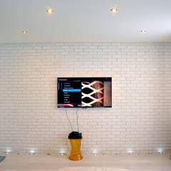 Living room by Hunter design, Minimalist Stone