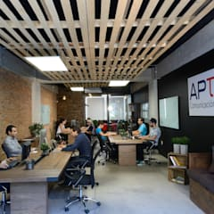 Oficinas: Edificios de Oficinas de estilo  por VICTORIA PLASENCIA INTERIORISMO