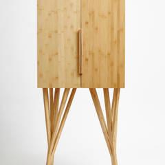 Projetos: Sala de estar  por Estúdio Paulo Alves,
