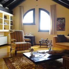 VILLETTA A CONCOREZZO: Studio in stile  di STUDIO  SATTA
