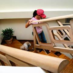 Renovación escalera: Pasillos y vestíbulos de estilo  por GD Studio CA