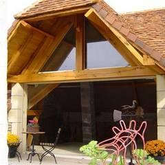 Projet Dordogne: Terrasse de style  par Agence Inside DECO