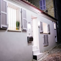 Rumah oleh Ossigeno Architettura, Mediteran