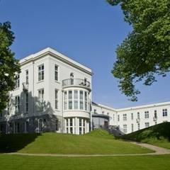 ROSORUM RESIDENTIE IN ARNHEM:  Gezondheidscentra door Geesink Weusten Architecten