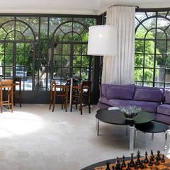 PROYECTO + B342 : Jardines de invierno de estilo  por Estudio Susana Villaverde
