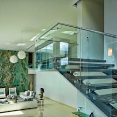 RESIDENCIA EN MÉRIDA JC-ROA: Escaleras de estilo  por AIDA TRACONIS ARQUITECTOS EN MERIDA YUCATAN MEXICO,