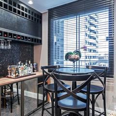 Bodegas de vino de estilo  por Patrícia Azoni Arquitetura + Arte & Design