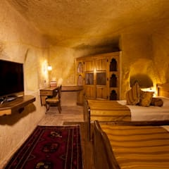 Kayakapi Premium Caves - Cappadocia – Kuşçular Konağı Öncesi Ve Sonrası:  tarz Yatak Odası, Rustik