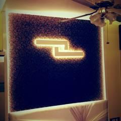 Bedroom by Alaya D'decor, Modern Leather Grey