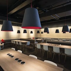 German Restaurant:  Messe Design von EGGER Wood-based materials
