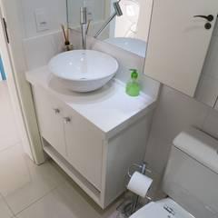 banho social: Banheiros  por ANE DE CONTO  arq. + interiores