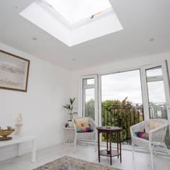 South East London loft conversion: minimalistic Conservatory by LMB Loft Conversions