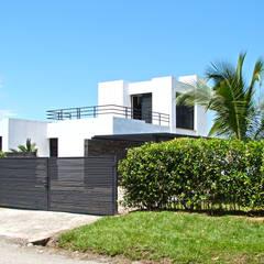Casa Caracoli: Casas de estilo mediterráneo por David Macias Arquitectura & Urbanismo