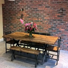 THE EALING EXTENSION:  Dining room by The Market Design & Build,