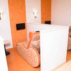 癌の放射線医療施設「東京ベイ先端医療・幕張クリニック」診察: 株式会社Juju INTERIOR DESIGNSが手掛けた病院です。