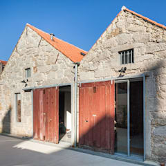 Espaço Mira Paredes e pisos industriais por Floret Arquitectura Industrial