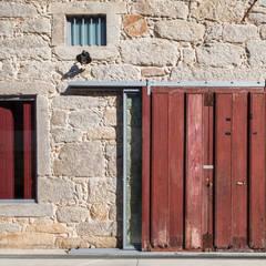 Espaço Mira Janelas e portas industriais por Floret Arquitectura Industrial