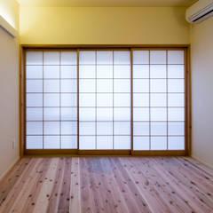 Ruang Multimedia oleh スズケン一級建築士事務所/Suzuken Architectural Design Office, Asia Kertas