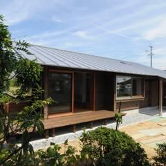 خانه ها by 加藤武志建築設計室