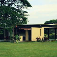 ESTADERO ROZO ARB : Casas de estilo  por COLECTIVO CREATIVO