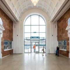 Aeropuertos de estilo  por VALENTIROV&PARTNERS