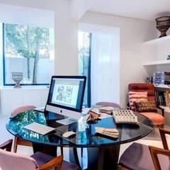 Atelier : Escritórios  por CUBICULUM   //  arquitectura & interiores ,