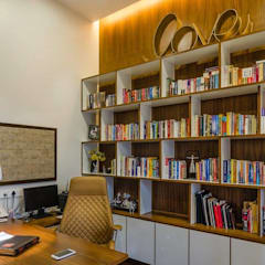 Nahata Residence.:  Study/office by In-situ Design