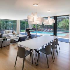 AM 2014 - Fão: Salas de jantar  por INAIN Interior Design ,Moderno