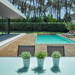 Pool by INAIN Interior Design