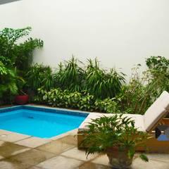 Garden Pool by PORTO Arquitectura + Diseño de Interiores
