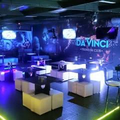 PERSPECTIVA D´VINCI PREMIUM CLUB: Salones de eventos de estilo  por MVP arquitectos