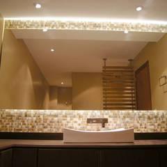 Baño de Huéspedes. : Baños de estilo  por MARECO DESIGN S.A.S