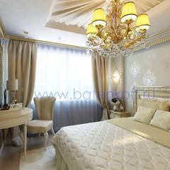 Дизайн проект спальни для девушки: Спальни в . Автор – Дизайн студия 'Дизайнер интерьера № 1', Классический Текстиль Янтарный / Золотой