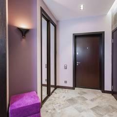 Pasillos y hall de entrada de estilo  por Alena Gorskaya Design Studio, Minimalista