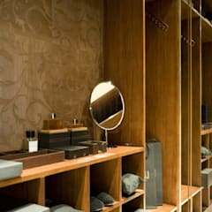 Dressing room at the Chester Street House:  Dressing room by Nash Baker Architects Ltd