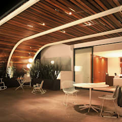 Moderne balkons, veranda's en terrassen van Weber Arquitectos Modern Hout Hout