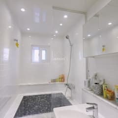 scandinavian Bathroom by 홍예디자인