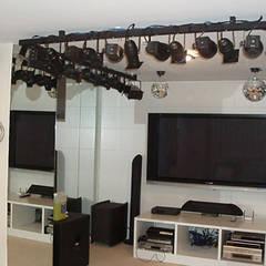 Media room by STİLART MOBİLYA DEKORASYON İMALAT.İNŞAAT TAAH. SAN.VE TİC.LTD.ŞTİ.,