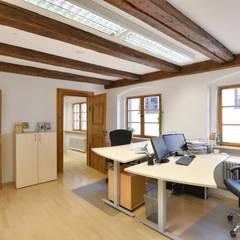 Büro in historischem Gebäude in prominenter Lage:  Bürogebäude von Lebenstraum-Immobilien GmbH & Co.KG