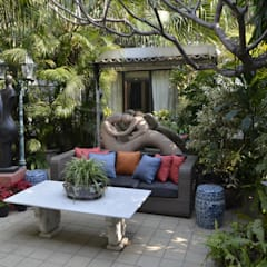private residence:  Garden by VISIONS