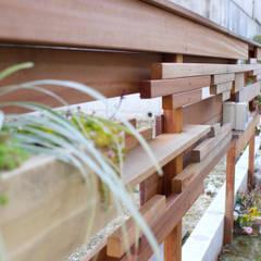段・段・団らんな庭 - 写真11: 平山庭店が手掛けた折衷的なです。,オリジナル