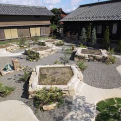 畑ノ庭 - 写真01: 平山庭店が手掛けた折衷的なです。,オリジナル