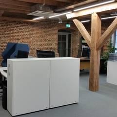 IT Loft Park Słodownia: styl industrialne, w kategorii Domy zaprojektowany przez ABC Pracownia Projektowa Bożena Nosiła