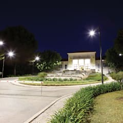 Faculdade de Motricidade Humana – Rigor técnico até na luz Ginásios clássicos por Aura Light Clássico